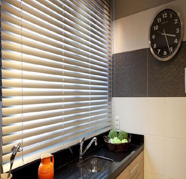 persiana-horizontal-aluminio-oficina
